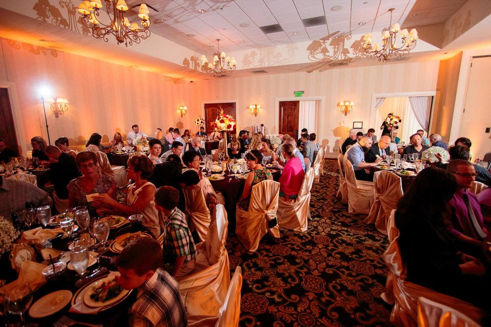 lakewood-country-club-wedding-photographer-tomKphoto-027.jpg