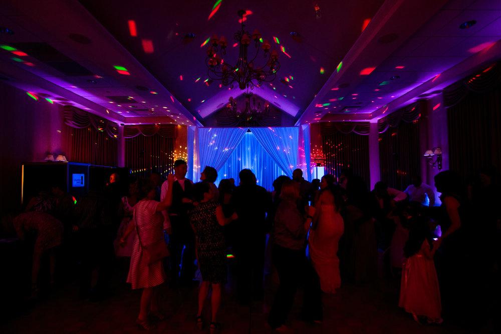 lakewood-country-club-wedding-photographer-tomKphoto-043.jpg