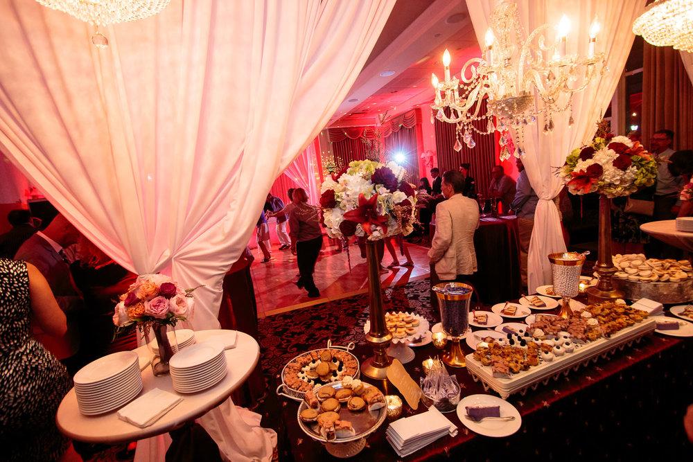 lakewood-country-club-wedding-photographer-tomKphoto-045.jpg