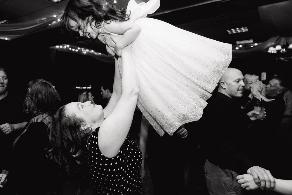 centennial-valley-country-club-wedding-tomKphoto-025.jpg