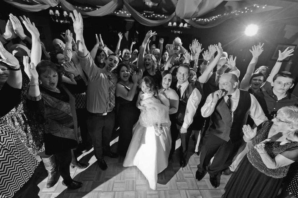 centennial-valley-country-club-wedding-tomKphoto-027.jpg