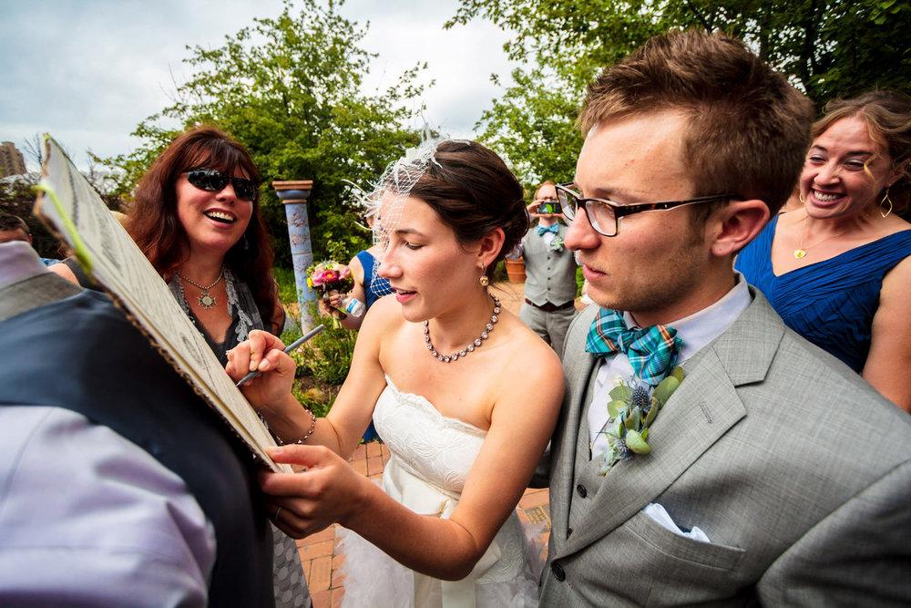 denver-botanic-gardens-wedding-tomKphoto-019.jpg