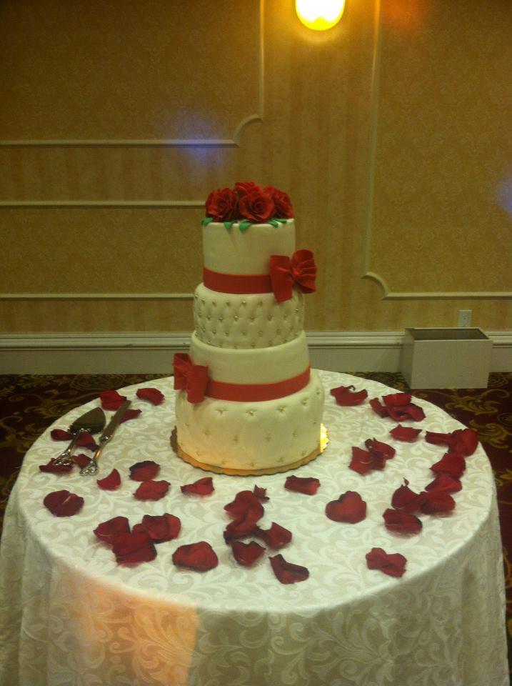 rose wedding cake.jpg