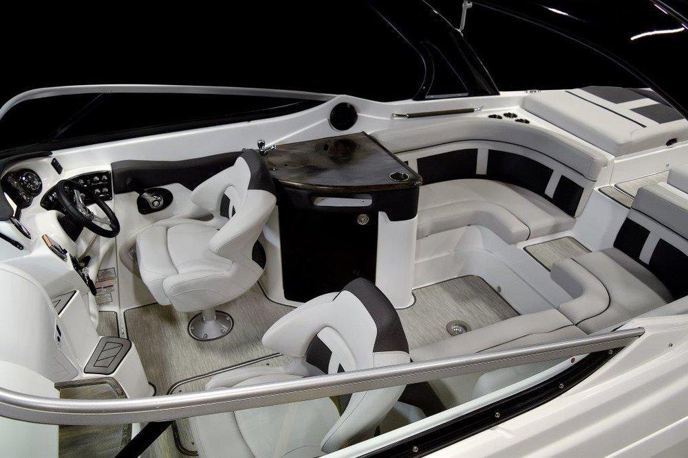 29QXCC_Cockpit.jpg