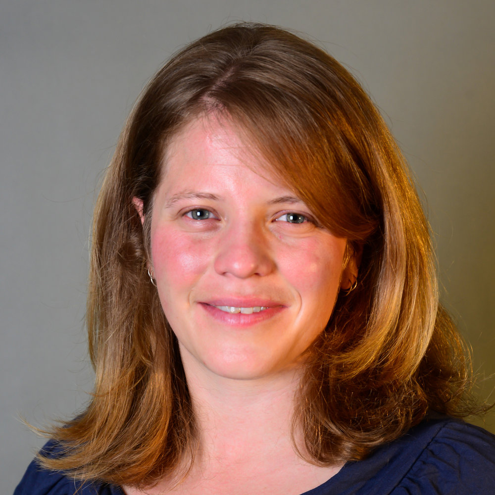 Dr Danielle Salmon - Danielle is currently the Research Officer for NZ Rugby. In this role she is conducting the injury surveillance for NZ Super Rugby teams, coordinating RugbySmart's concussion awareness, education and management strategy and is the research coordinator for Active Concussion Rehabilitation study being conducted with Super Rugby during the 2018 sponsored by the NFL players association. She completed her PhD at the University of Otago and is a member of the South Island Brain Injury Research Group.