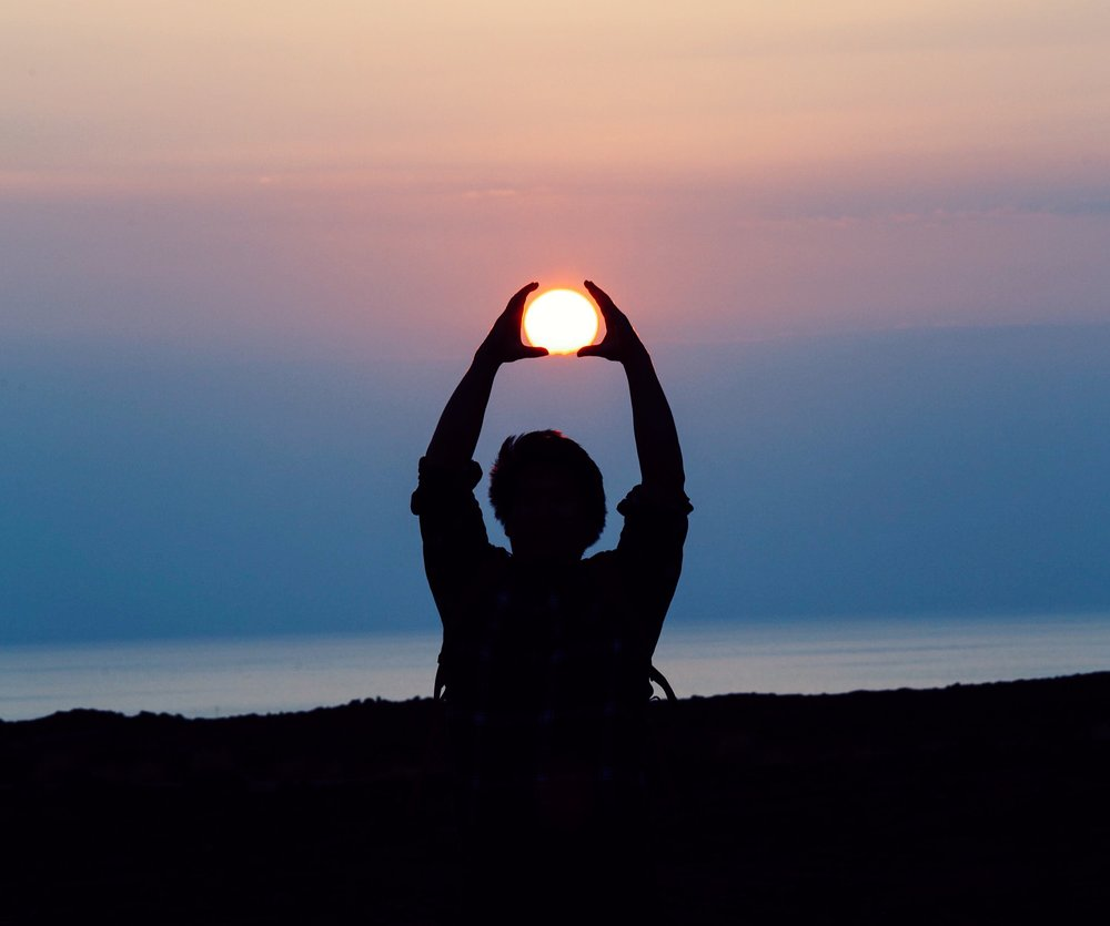 Align yourself with the sun -