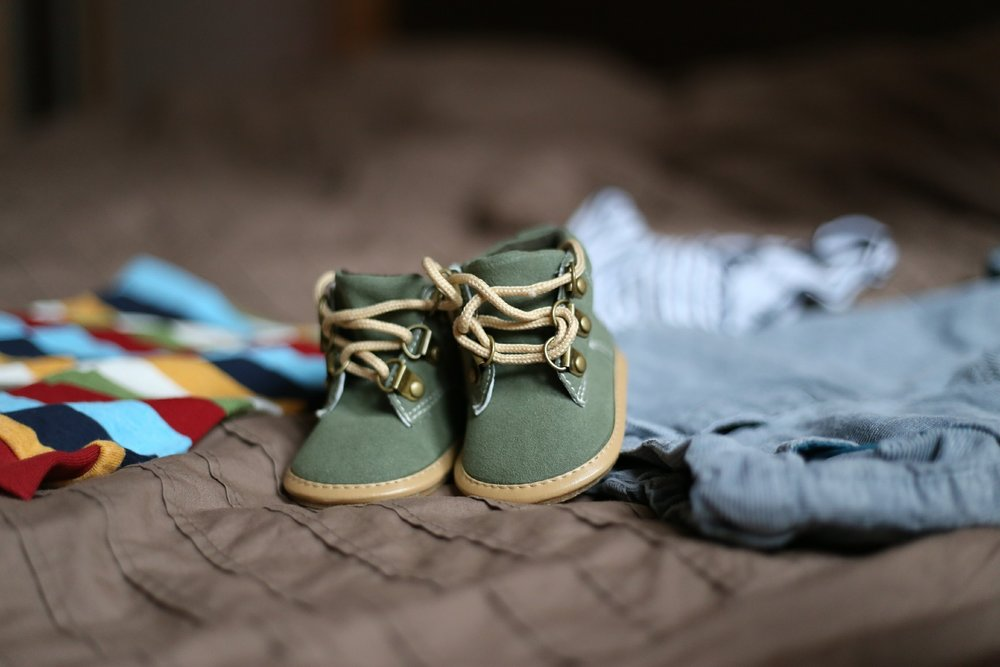 shoes-505471_1920.jpg
