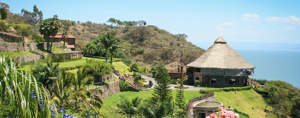 1 DAY PASSRETREAT  MXN 1,700*  - Includes:Access to Monte Coxala & Meals