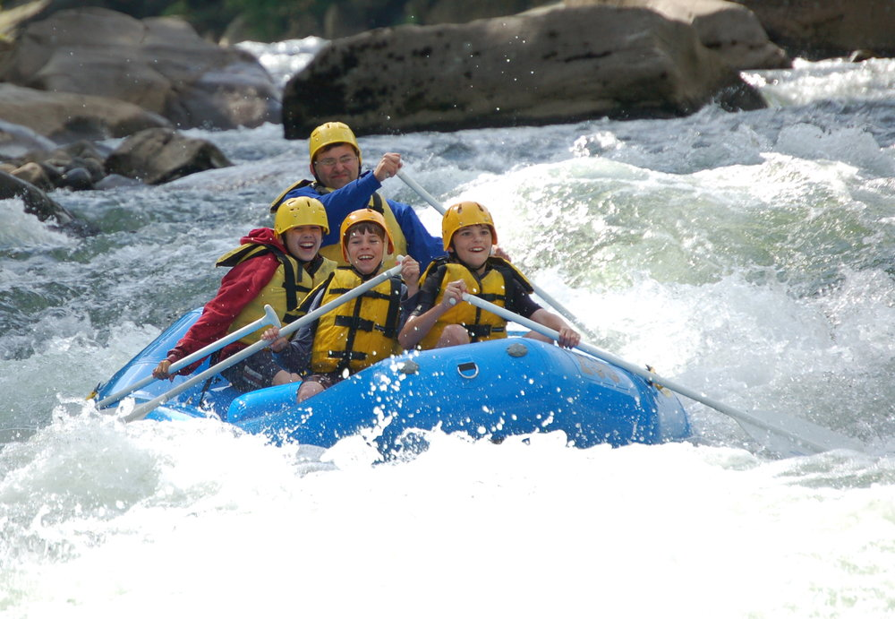<strong>White Water Rafting</strong>