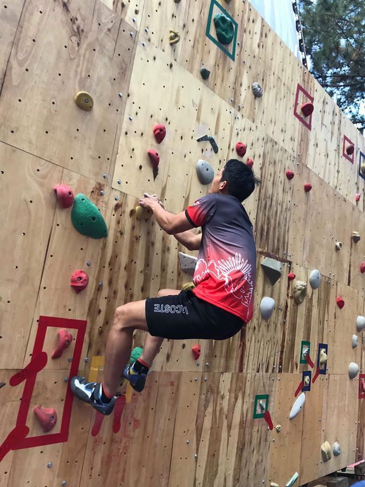 Hoang Sy Tien takes 1st