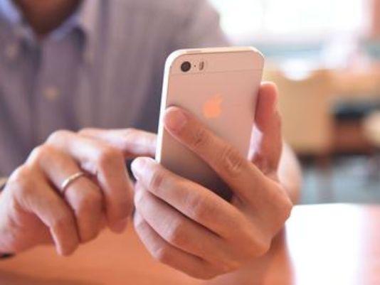 cell phone hand.jpg