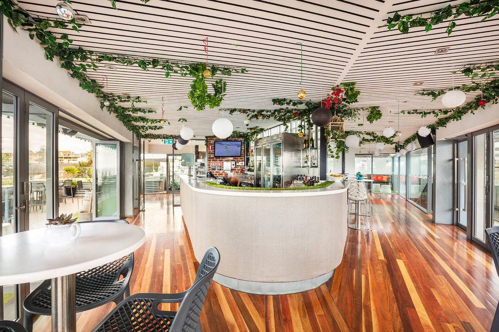 Rooftop Garden Bar -