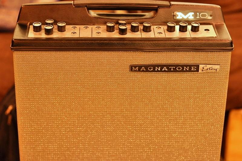Magnatone M10