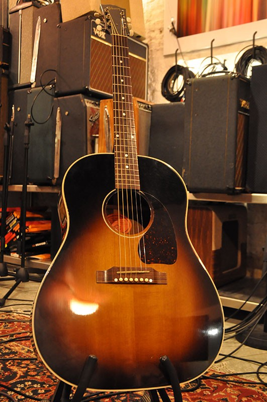 Gibson J45 Acoustic Guitar