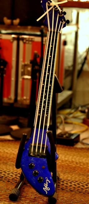 Guild Ashbury Bass