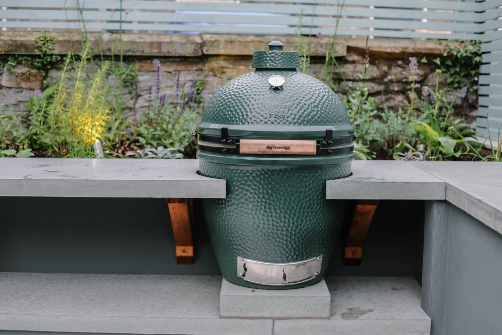 Big Green Egg, Outdoor Kitchen Garden Design - Victoria Wade Landscape Architecture