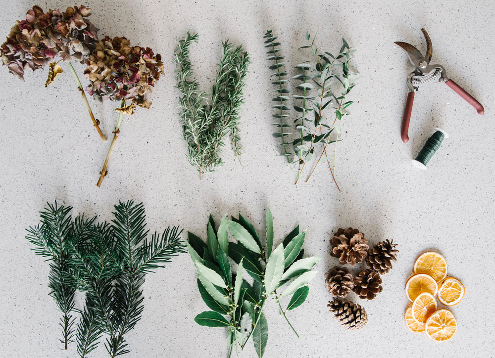 christmas-wreath-making-ingredients