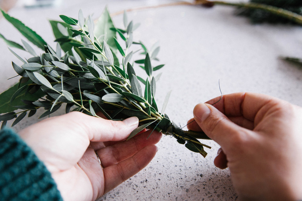 christmas-wreath-making-tips