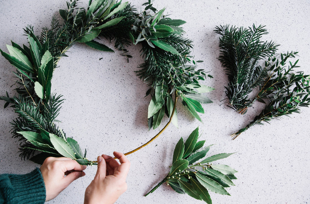 DIY-christmas-wreath-making