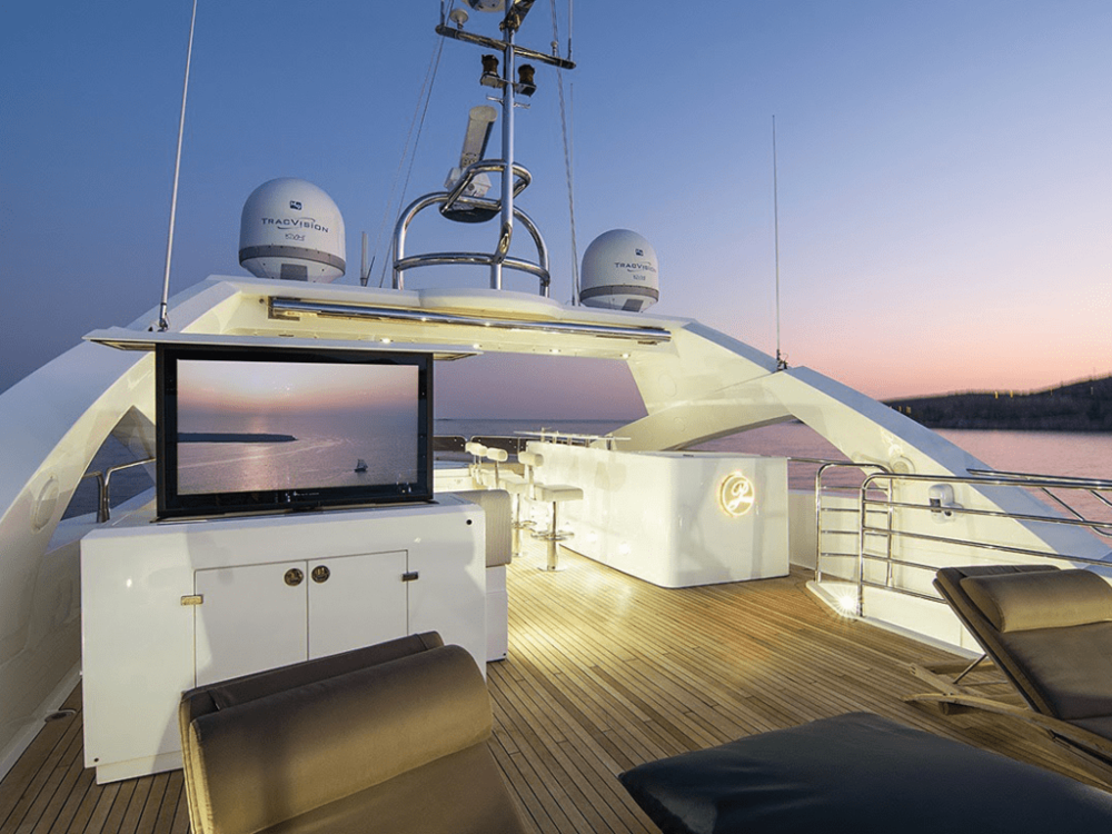 pathos-sunseeker-131-lo-yachting-2.png