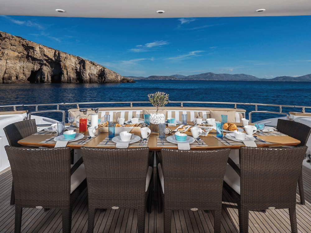 paris-a-maiora-115-lo-yachting-4.png