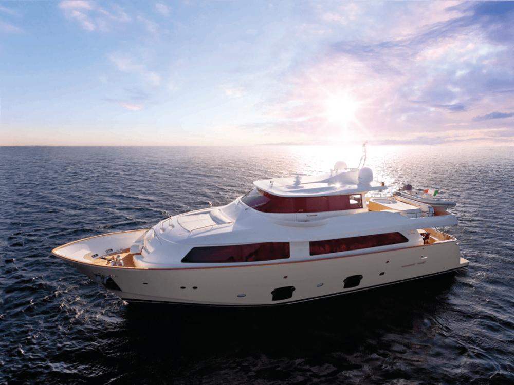 dana-custom-line-86-lo-yachting-1.png