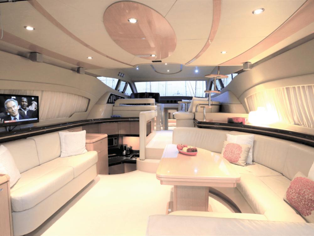 alkion-ferretti-55-lo-yachting-4.png