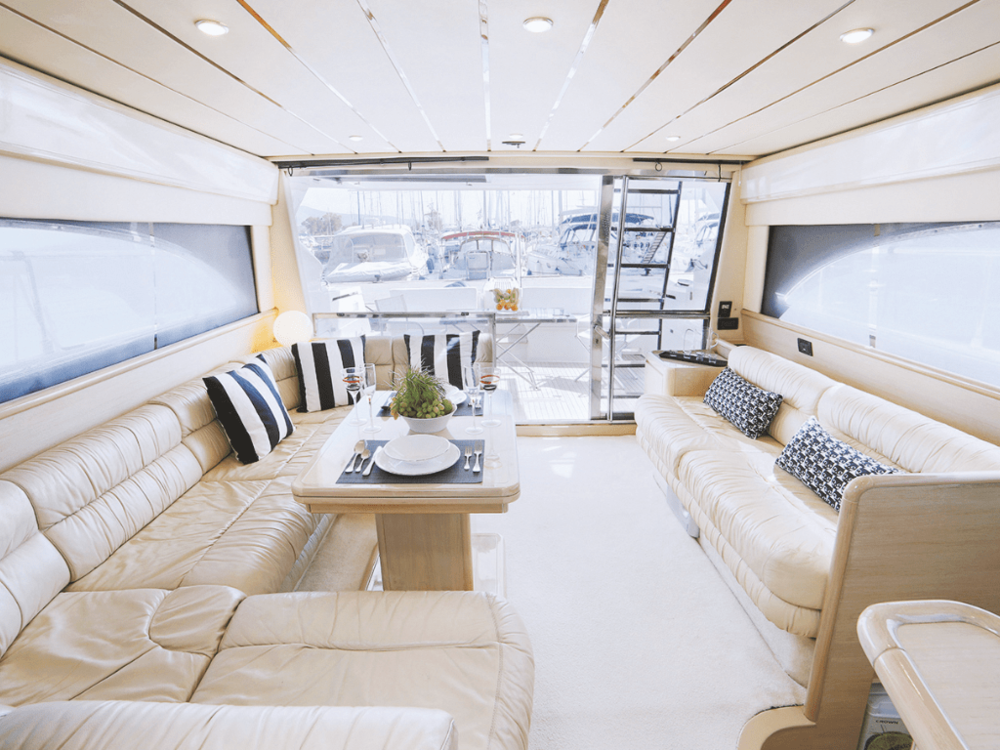 secret-ferretti-53-lo-yachting-2.png