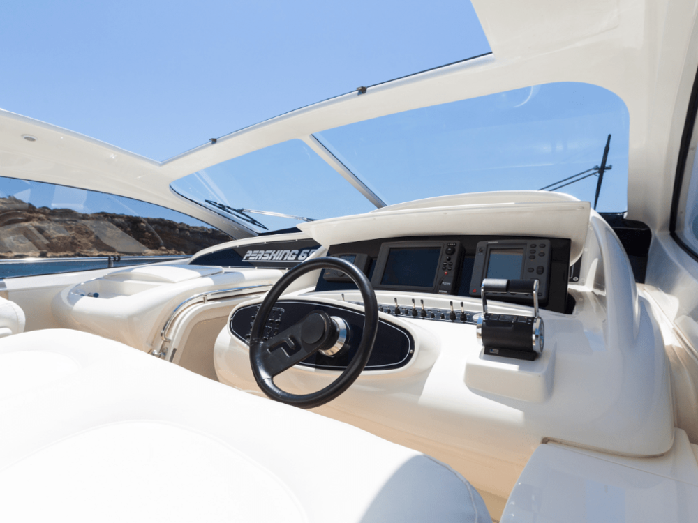 axion-pershing-65-lo-yachting-11.png