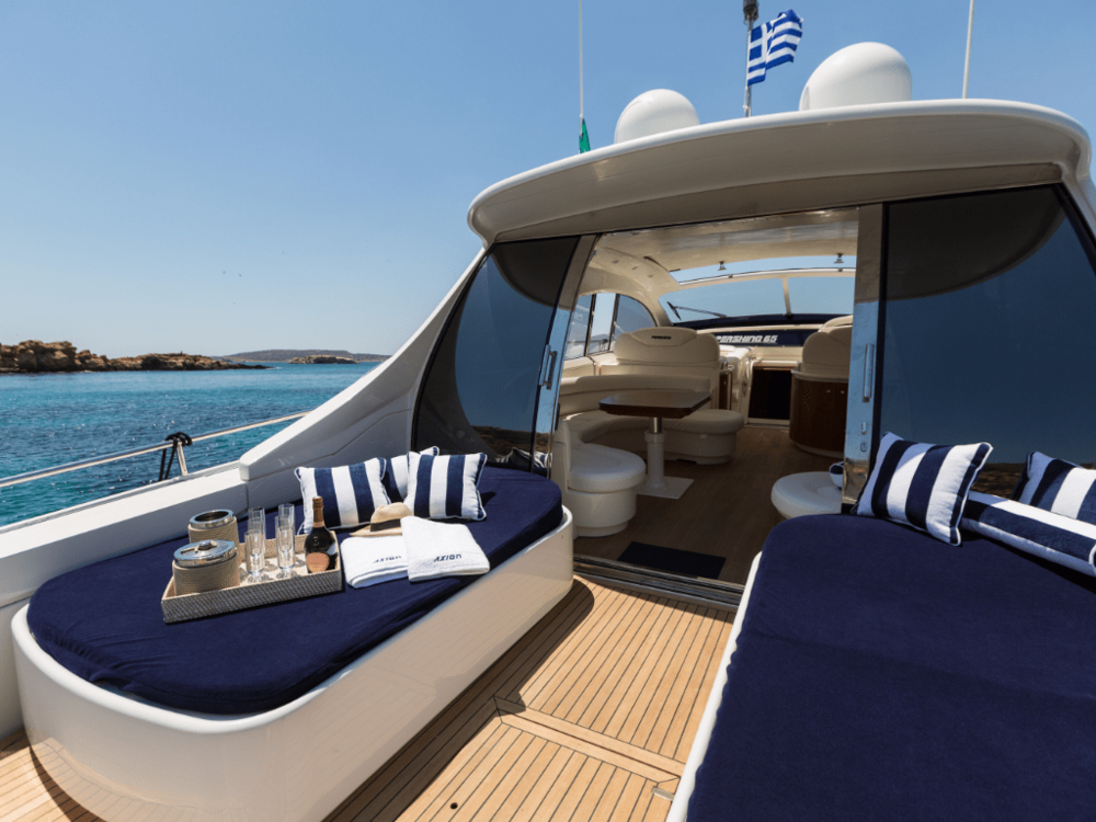 axion-pershing-65-lo-yachting-15.png