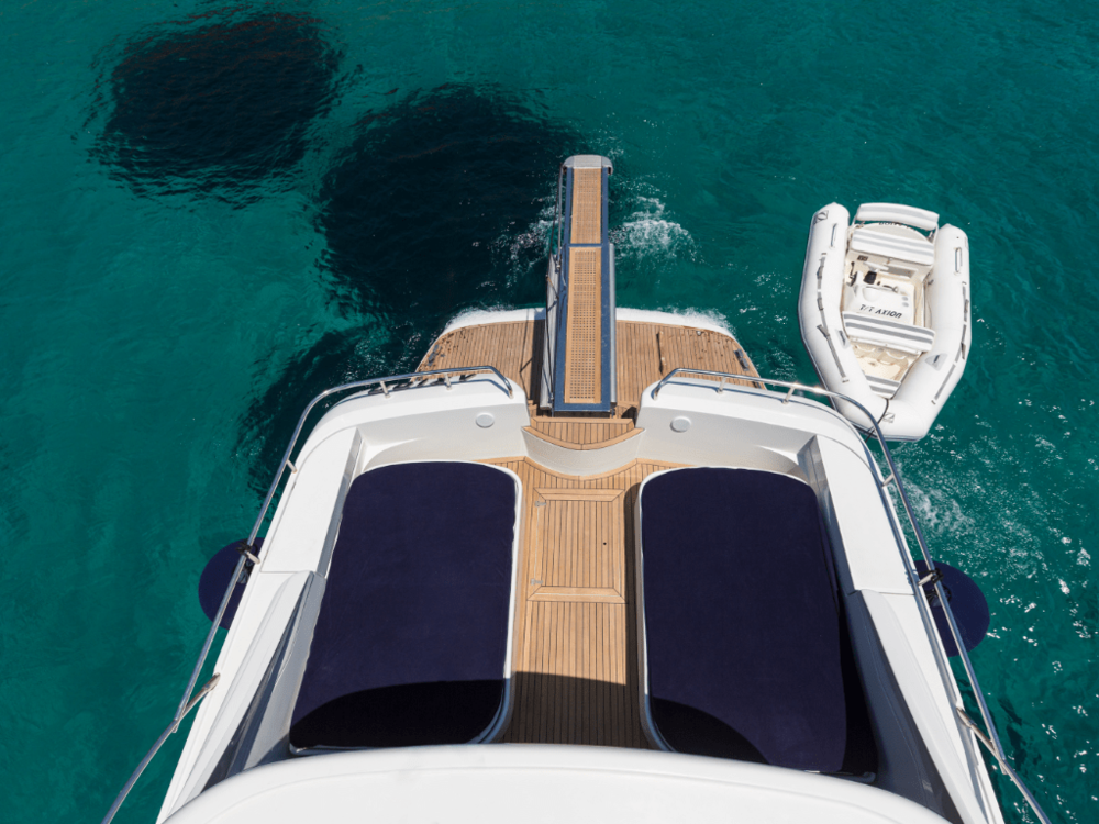 axion-pershing-65-lo-yachting-16.png