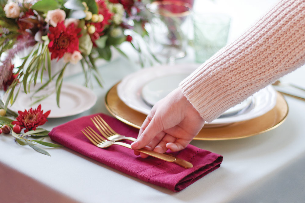 your-home-magazine-table-setting-holiday2.jpg