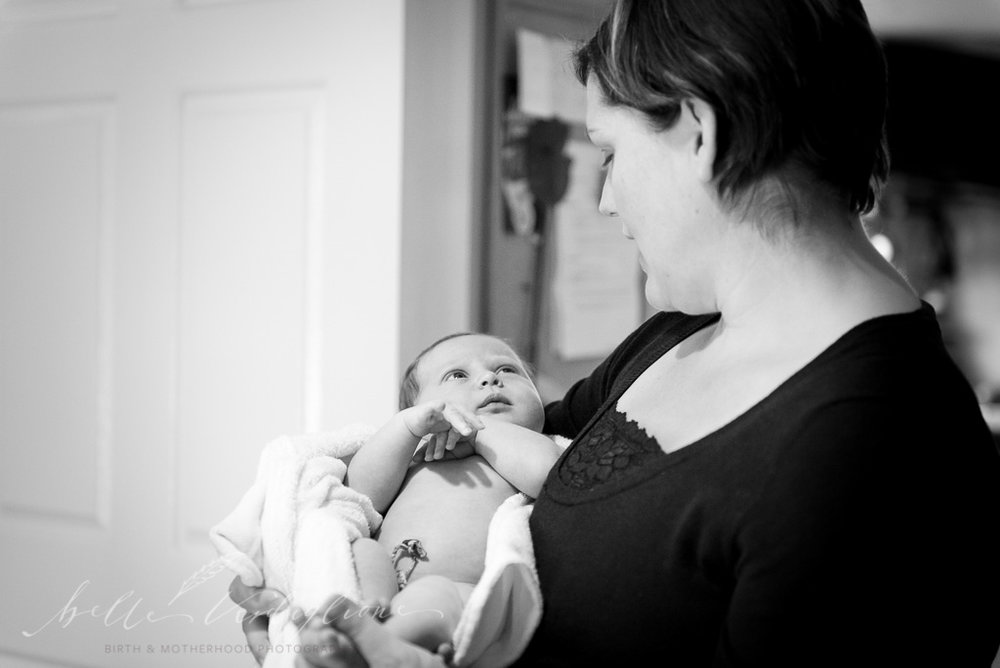 Baby cuddles doula