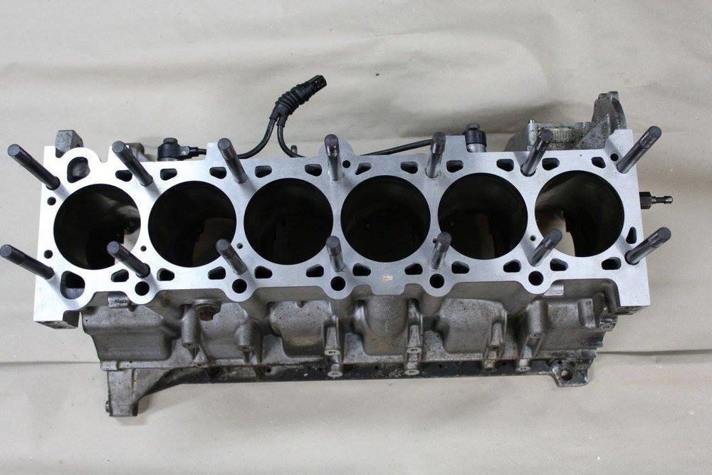 m54 cylinder head bolts