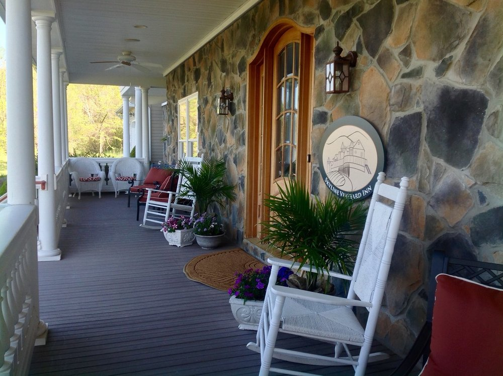 gone-with-the-wind-porch.jpg