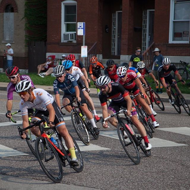 Full tilt! Last race of the season @gatewaycup2018 starts in 4 hours. Time to get sendy boisss 🔥💯 Check it out on @usacrits tv live!