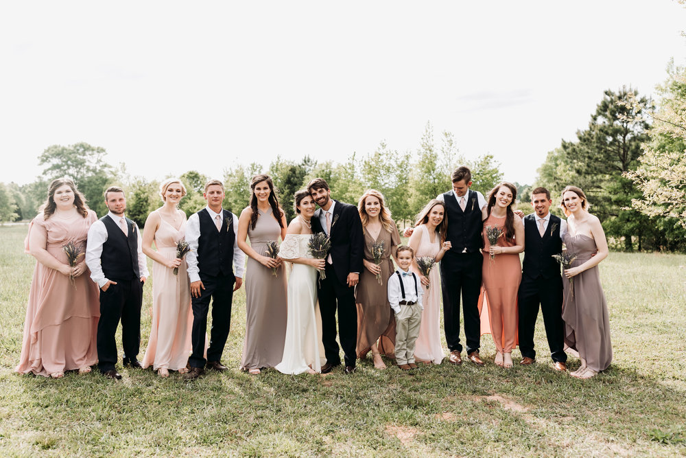 April wedding, photo by Sydney Renee Photography