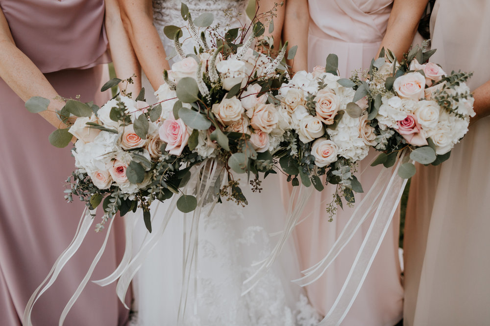We highly recommend hiring a professional florist. Florist: Flowers by Cindy, pc: Brooke Miller Photography.