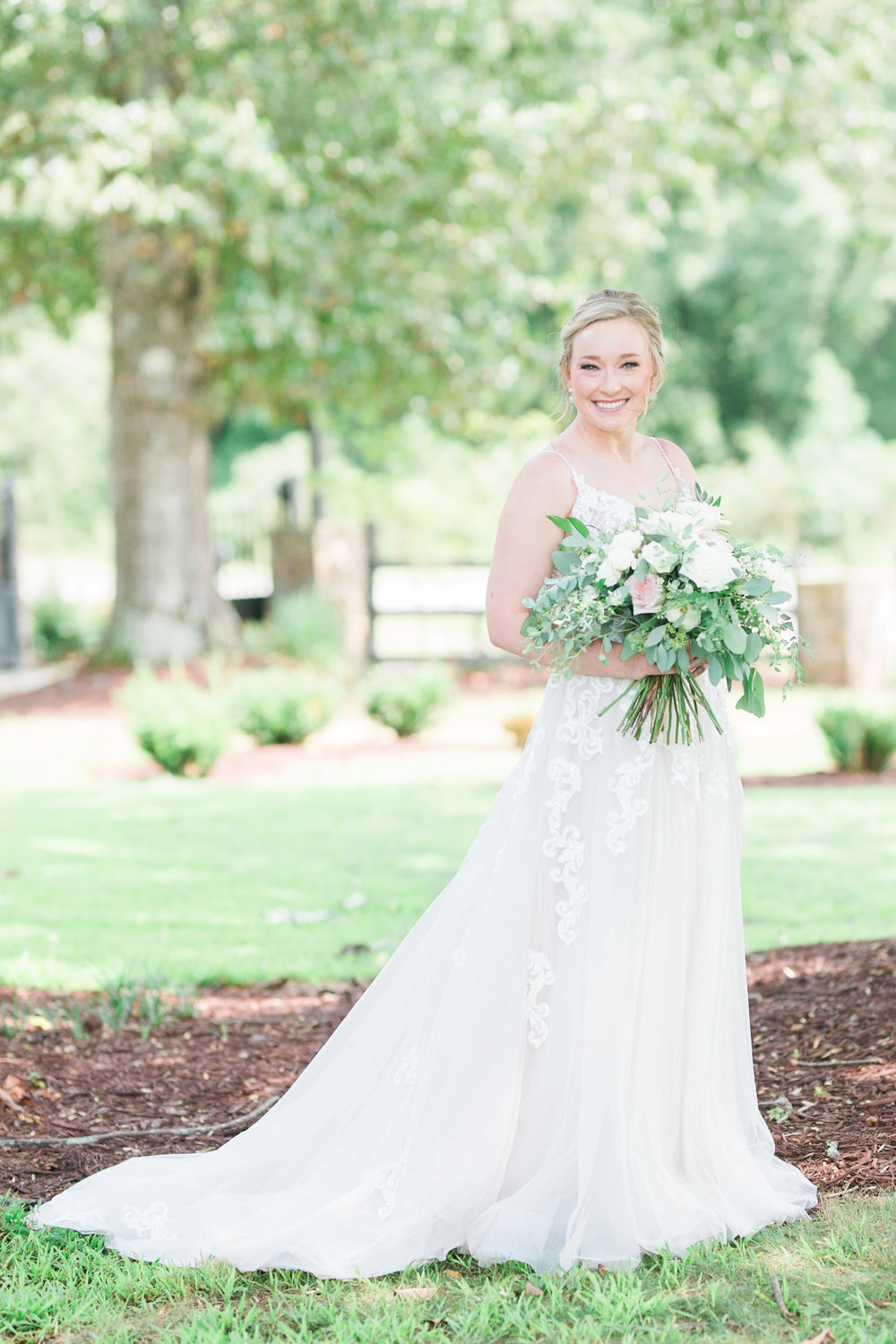 The most perfect bride. Mandee Matthews Photography. August Wedding at Pepper Sprout Barn.