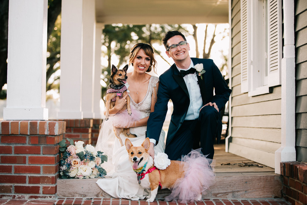 A perfect Fall wedding captured by Twinkling Eye Photography