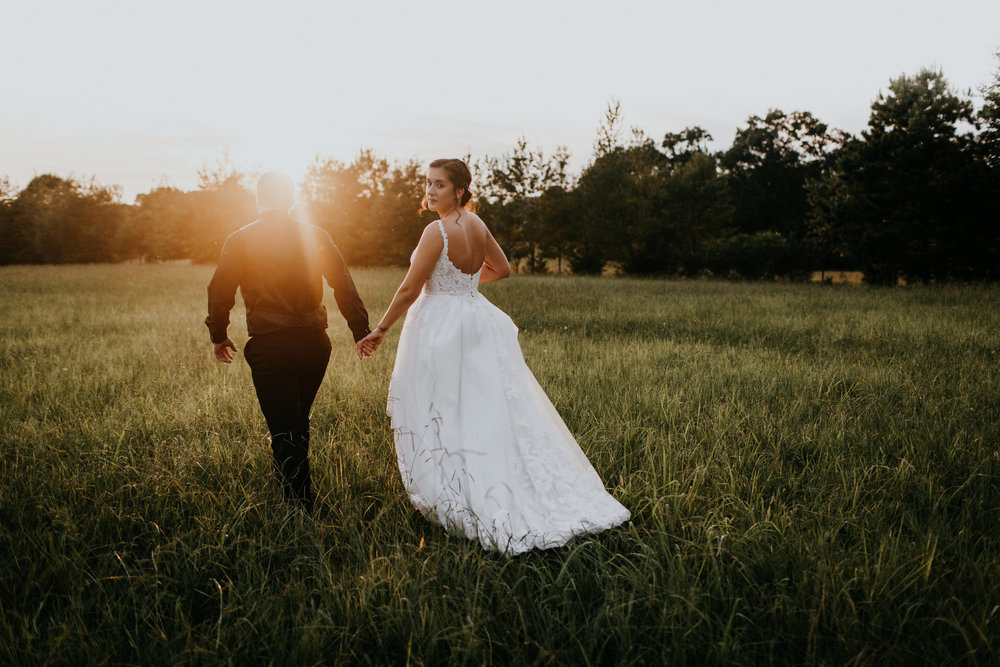 Proof that the light in summer weddings is perfect! pc: Brooke Miller Photography