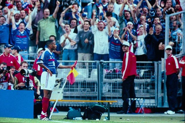 Young @thierryhenry celebrating his goal vs. Saudi Arabia during 1998 WC 🇫🇷🇸🇦⚽️. 📸 H. Szwarc #ThierryHenry #France #WorldCup #98studio