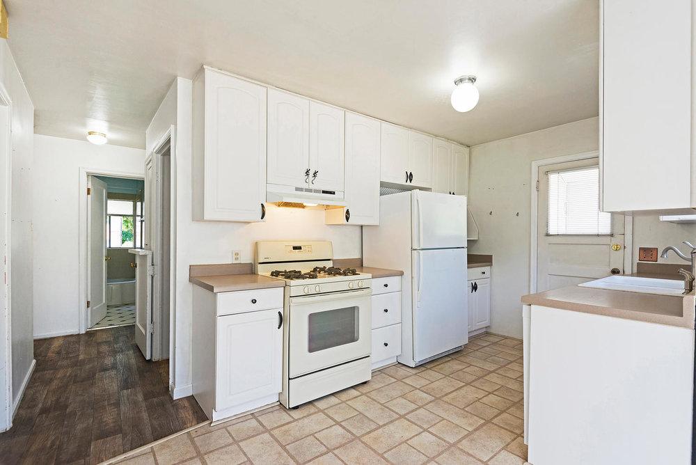 1604 Sherman Ave Salt Lake-large-012-34-ShermanAve012-1498x1000-72dpi.jpg