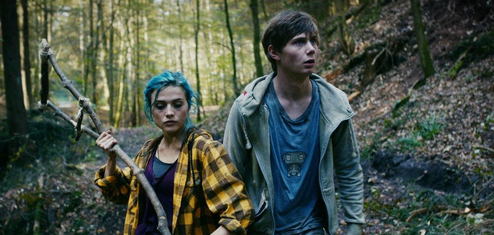 Karo und Jan im Wald-1.jpg