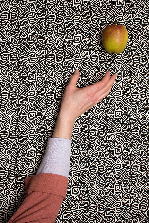 Jessica McDermott Apple symbol.jpg
