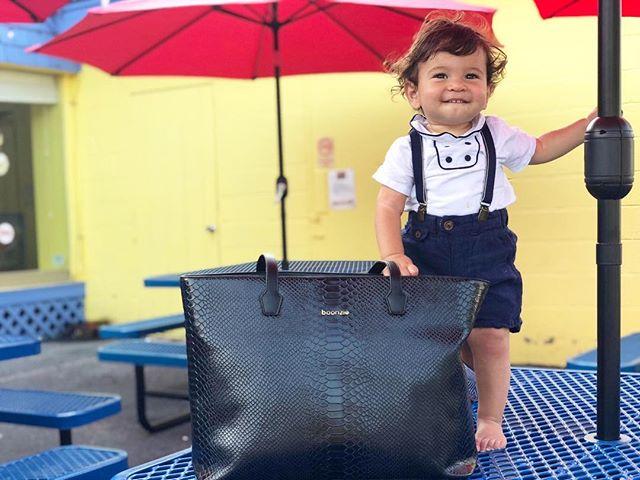 Boonzie made to transform⠀ .⠀ .⠀ .⠀ #bossmom #Boonzie #boonziemom #mom⠀ #babybag #momfashion #fashionmom #fashionmommy #mommyfashion #momlife #bringingsexyback #pregnant #pregnancy #3rdtrimester #newborn #baby #newyorkcity #nyc #nycmom #nycfashion #mummybag #babygear #babybags #babybump #2ndtrimester #cutebaby #cutebabyboy #cutebabies #cute