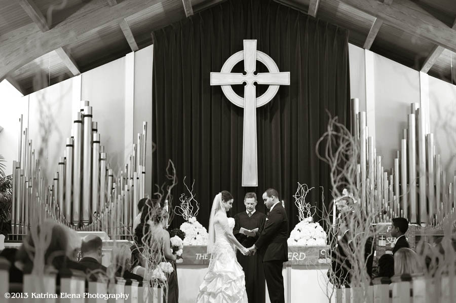 008_Wedding-Ceremony-at-Church-by-the-Sea.jpg