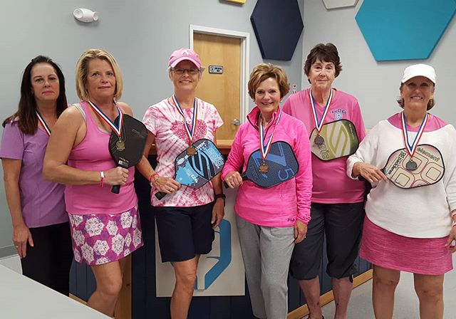 Here are our 2.5 medal winners, pretty in pink in our Dink 4 Pink tournament.