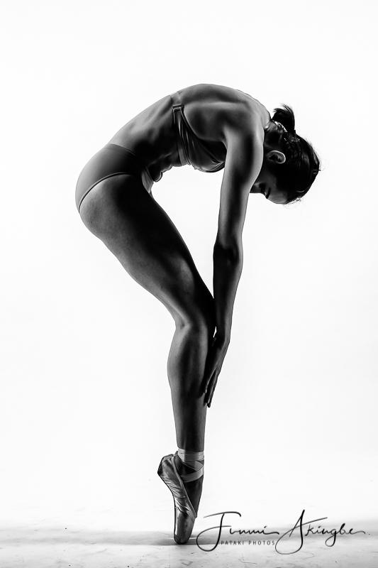 Black & white body shapes