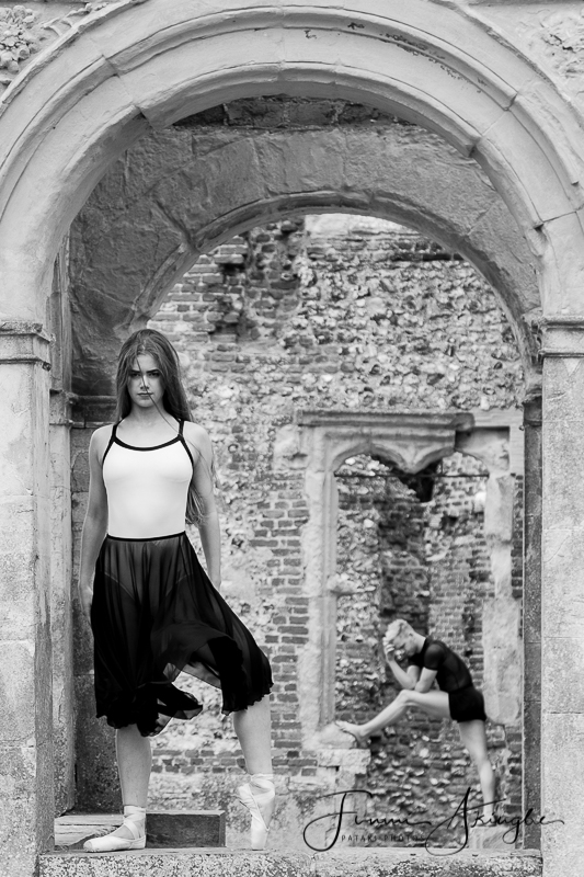 Rural ruins with Rosie & Reece